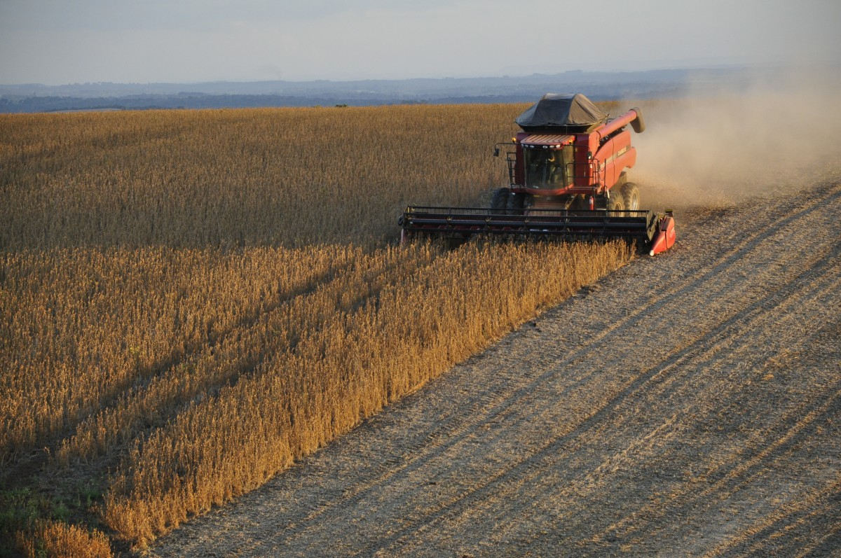 soybeans_harvester_harvest_grains_brazil_agricultural_machine_farm_cotton_gin-564147.jpg!d